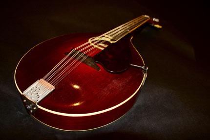 1920 (The) Gibson H-2 Mandol